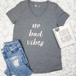 Xersion No Bad Vibes High Low Short Sleeve Tee